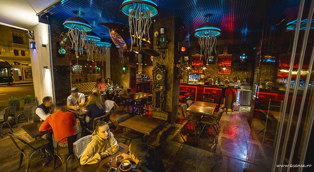 Diseño de interiores bares y restaurantes